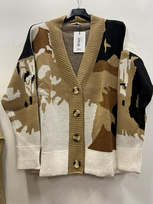 Retail sweatshirts jackets 1037078