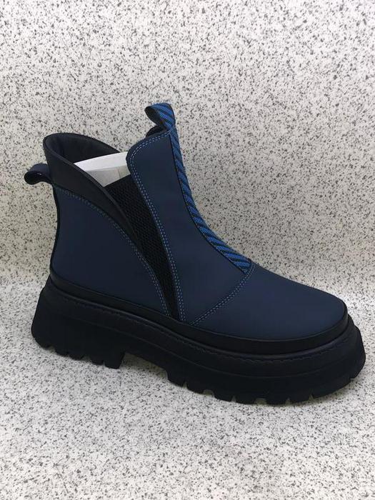 ladies footwear 1008996