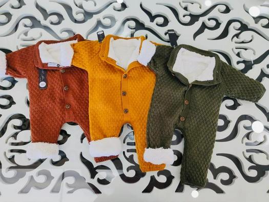 Newborn 889518